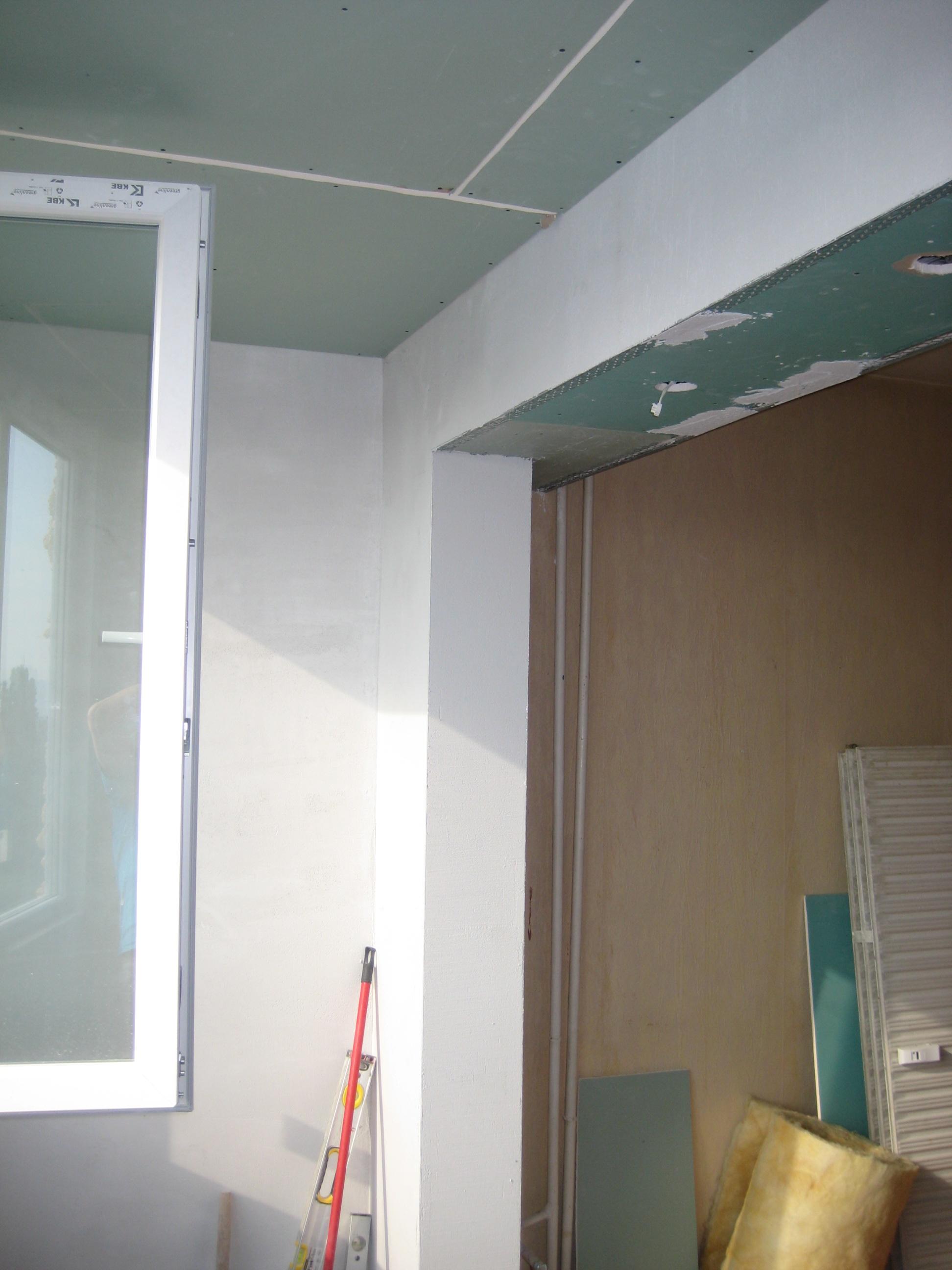 обръщане на носеща стена с куфар от гипсокартон (2)